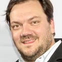 Was bewegt den Schauspieler und Regisseur Charly Hübner?