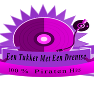 Radio Een Tukker Met Een Drentse-Logo