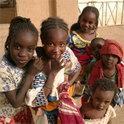 Sie wachsen in einem der gefährlichsten Orte der Welt auf: Kinder in Mali.