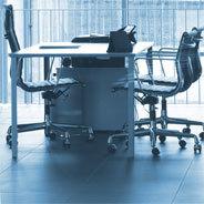 Die Eröffnung eines Büros, das Atlas entworfen hat, steht kurz bevor, als er beschließt, alles hinter sich zu lassen