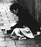Das Leben auf der Straße hinterlässt Spuren.