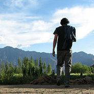 Gerold Ebners Leben führt ihn am Ende an den Rand eines Felsen