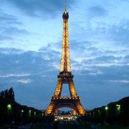 So viel Hoffnung steckt in den Pariser Abenden, so wenig kommt dabei heraus