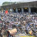 Kein seltenes Problem: An vielen Verkehrsknotenpunkten findet man keinen Abstellplatz für sein Rad mehr
