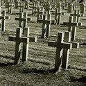 Oberst Chaberts Name findet sich irgendwo an einem Grab, doch er ist gar nicht tot