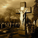 Sie soll im entfernten Heimatdorf beigesetzt werden.