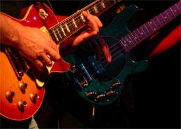 Los Lobos verbinden traditionellen Rock mit lateinamerikanischen Instrumenten