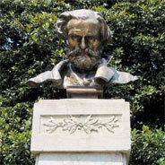 Giuseppe Verdi ist für sein opulentes Opernschaffen bekannt