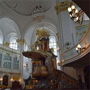 Die Mitgliederzahlen der Kirche sinken und somit auch die Summe der Finanzen, die die Kirche erhält