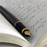 Seite um Seite füttert Dichter Adrian die kleine Dampfwalze Lavendel mit seinen geschriebenen Märchen