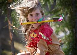 Maja wird von ihrem Vater zum Stammeshäuptling ernannt