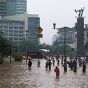 Jakarta wird regelmäßig von Überflutungen heimgesucht