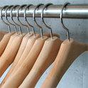 Wir richten auch in der Wahl von Kleidung unsere Kaufentscheidung an den Preis und nicht an die Art und Weise der Produktion der Kleidungsstücke..