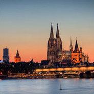 Ein Virus breitet sich aus - die Kölner Innenstadt befindet sich im Ausnahmezustand