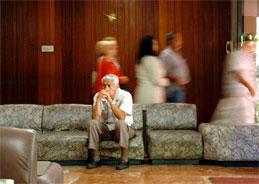 In der Seniorenresidenz geht es nicht mit rechten Dingen zu