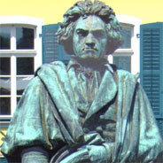 Beethovens Aufführungspraxis vereint mit modernem Orchester.