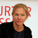 Maja Lunde hat es direkt mit ihrem Debüt-Roman auf die Best- und Longsellerlisten geschafft