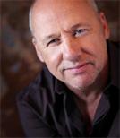 Nach den Jahren mit den Dire Straits widmete sich Mark Knopfler ab 1994 verstärkt seiner Solokarriere