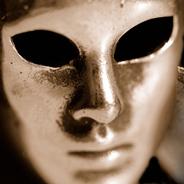 Silberne Maske