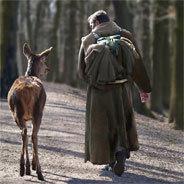 Kann durch den perfekt imitierten Ruf des Hirsches eine Bindung zwischen Mensch und Tier entstehen?