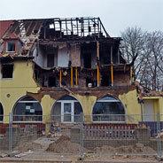 Am 04. November 2011 setzte NSU-Mitglied Beate Zschäpe das Wohhaus in Zwickau in Brand, wo sie mit ihren beiden Komplizen gelebt hatte