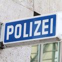 Wie weit rechts steht die Polizei?