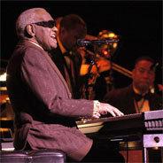Der legendäre Jazzpianist Ray Charles