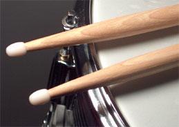 Das Schlagzeug bietet den treibenden Unterbau der Songs von My Baby