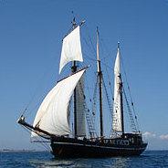 Bei einer langen Fahrt auf hoher ist zur Unterhaltung häufig nur Seemannsgarn verfügbar