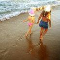 Am Strand kann man so viel Neues entdecken, aber auch überall anders in der Welt!