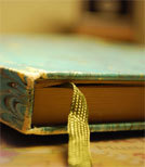 Was zwischen diesen Buchdeckeln passiert, kann für die Schreibenden extrem hilfreich sein