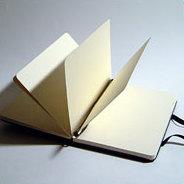 Die tagebuchartigen Texte zeichnen Sophie Calles Werk aus