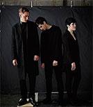 Sie halten nichts von großen Auftritten: Düster und zurückhaltend geben sich The xx bei ihren Konzerten und auch auf Fotos