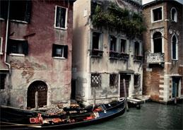 Durch das schöne Venedig führt es die Bande der Diebe in diesem Hörspiel
