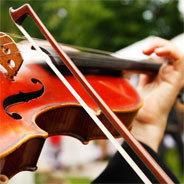 In der Neuen Musik werden auch klassische Instrumente wie die Geige gespielt - nur anders