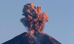 Mit Vulkanausbrüchen reisen die Feuergeister hinauf