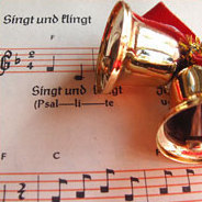 Es wird besinnlich! Weihnachtliche Musik aus ganz Europa erklingt hier über einen ganzen Tag verteilt