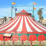 Pulcinella muss feststellen: Im Zirkus wird sie gar nicht beachtet